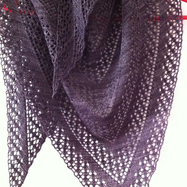 Ravelry: matejam's Onerva shawl