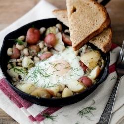 Black-Eyed Peas and Dill Potato Breakfast Skillet #TboneTalbot: Food, Breakfast, Naturally Ella, Skillet Recipes, Potato Skillet, Skillets, Dill Potatoes, Egg