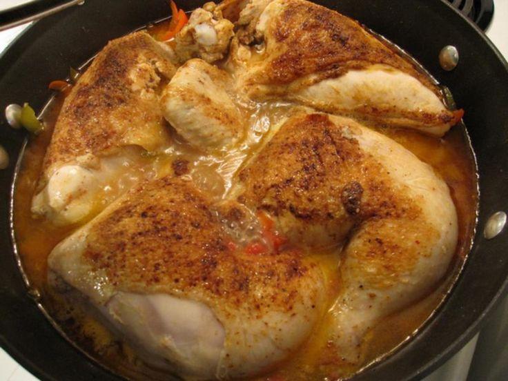 http://bommasrecepten.com/baskische-kip/    #recepten #kip    Klik afbeelding om het recept te lezen.