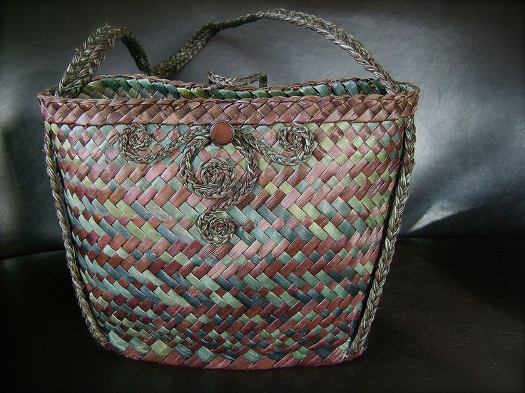 Vine Leaf by Jasmin van Lith | Kete ~Woven Bags