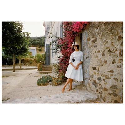 residential street in St. Tropez in 1960.: 70 Fashion, Fashion Retrospect, Vintage Fashion, San Tropez, Design Fashion, Mark Shaw St., Tropez 1960, Fashion Editorial, Vintage Style