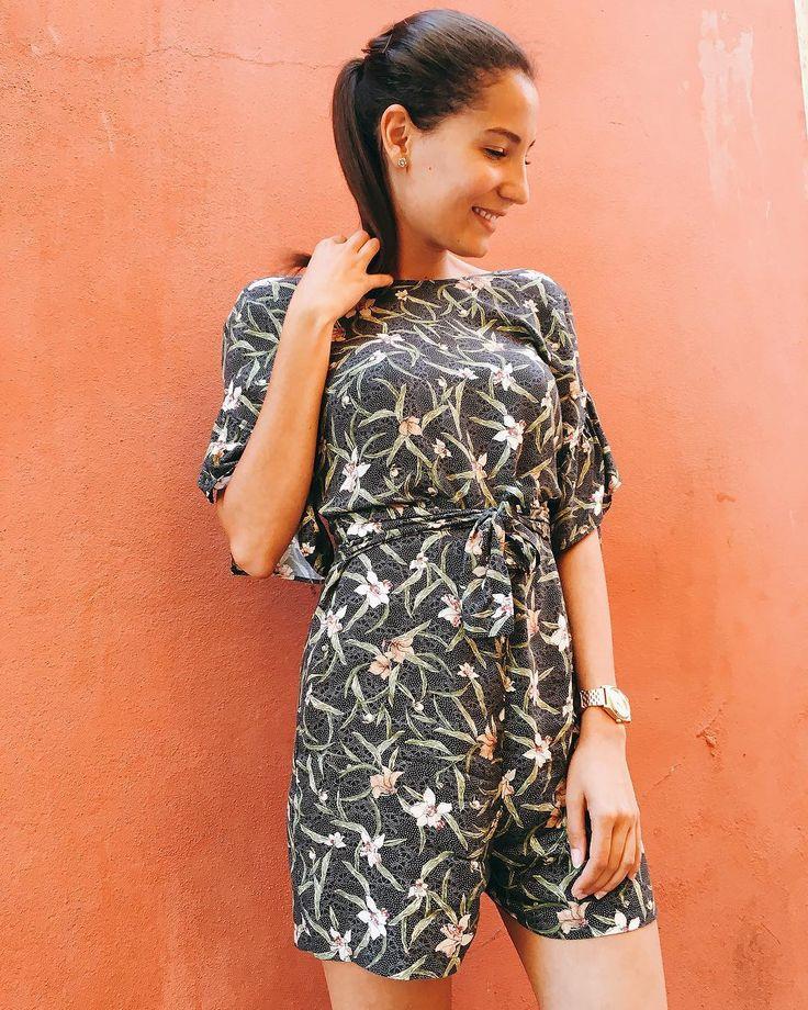 Fashion. Stradivarius jumpsuit. Blogger style.
