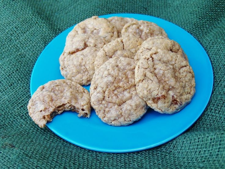 Old Fashioned Oatmeal Cookies July 29, 2015 By Kelli 16 Comments Old Fashioned Oatmeal Cookies