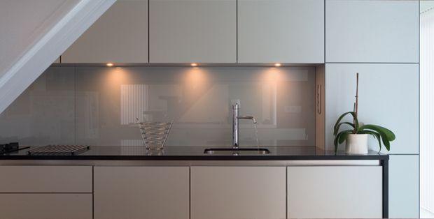 Glazz Wall 8mm   Glazz Interiors   gehard glas voor keuken en interieur