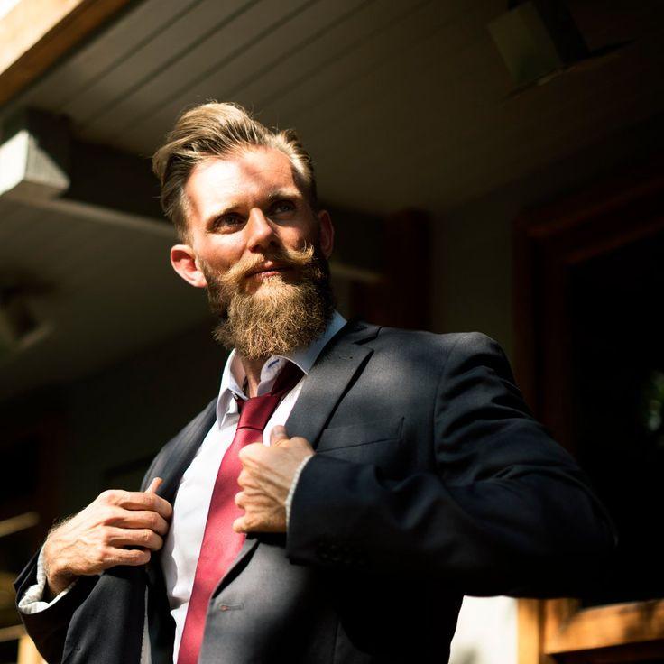Dejarse crecer la barba puede ser una expresión de la libertad, pero también es un compromiso. Te presentamos 11 consejos para tener un barba magnifica.