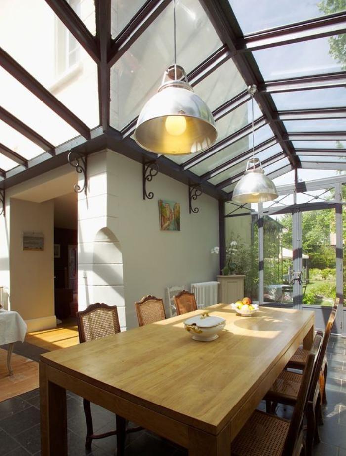 110 best véranda images on Pinterest Winter garden, Glass houses - puit de lumiere maison