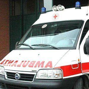 Offerte di lavoro Palermo  I vigili del fuoco sono riusciti a estrarre luomo dalle lamiere per trasferirlo in ospedale ma i soccorsi sono stati vani  #annuncio #pagato #jobs #Italia #Sicilia Scontro fra due auto a Siracusa morto un sessantenne