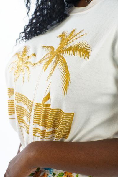 Vintage 90's White Maui T-Shirt L/XL/2X      #curvy #plussize #fashion #windbreaker #90s #alternativecurves #plussizemodel #unicorn #unicorntears #camo #camo #pants #style