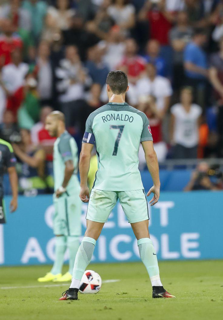 › CRISTIANO RONALDO › PORTUGAL NT › EURO 2016