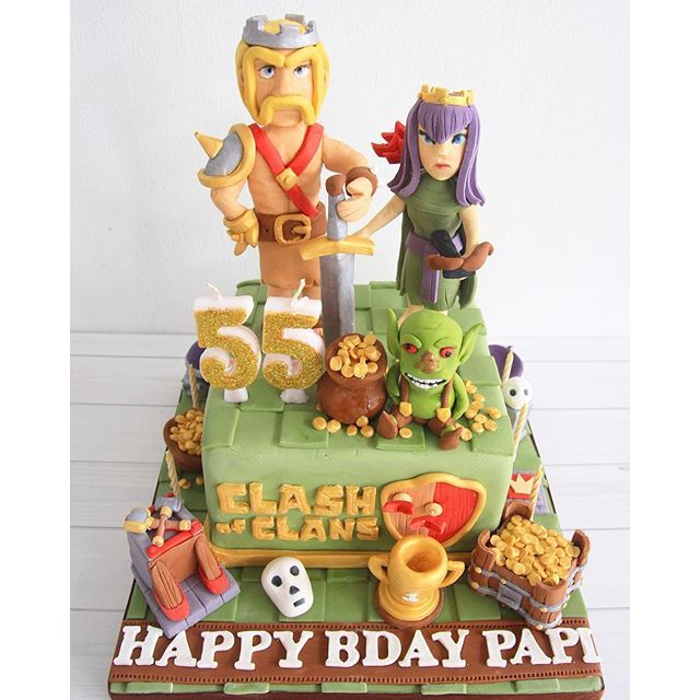 sugarministry: Clash of Clans cake! Yess it contains gold & elixir   Also we have other cakes in our store. We're open from 11am - 8pm