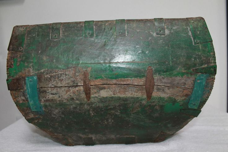 ANTIQUE ASIAN SINGLE HANDLE SQUARE, WOOD AND IRON RICE BUCKET