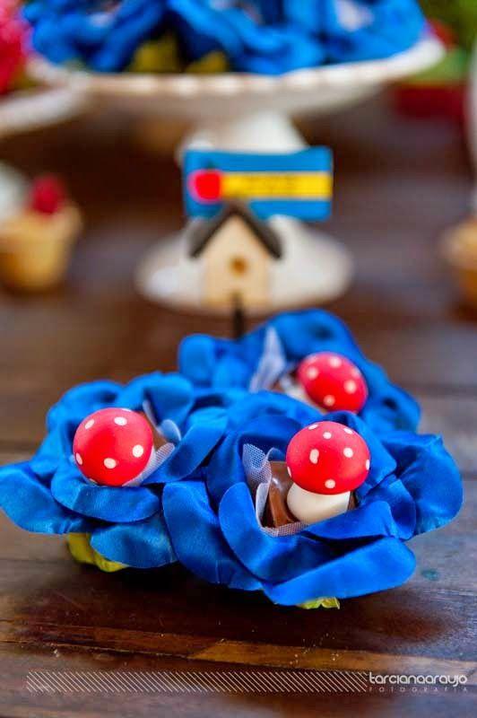 Festa_Branca_de_Neve_decor_mesa_bolo_doce_cogumelo