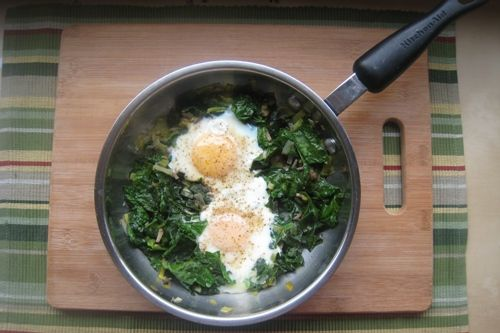 Spinach poached eggs (omit butter and use ff chicken broth for HCG)