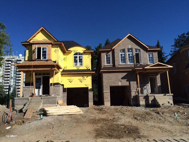 Construction continues on our 30' detached homes at Enclaves of Upper Canada