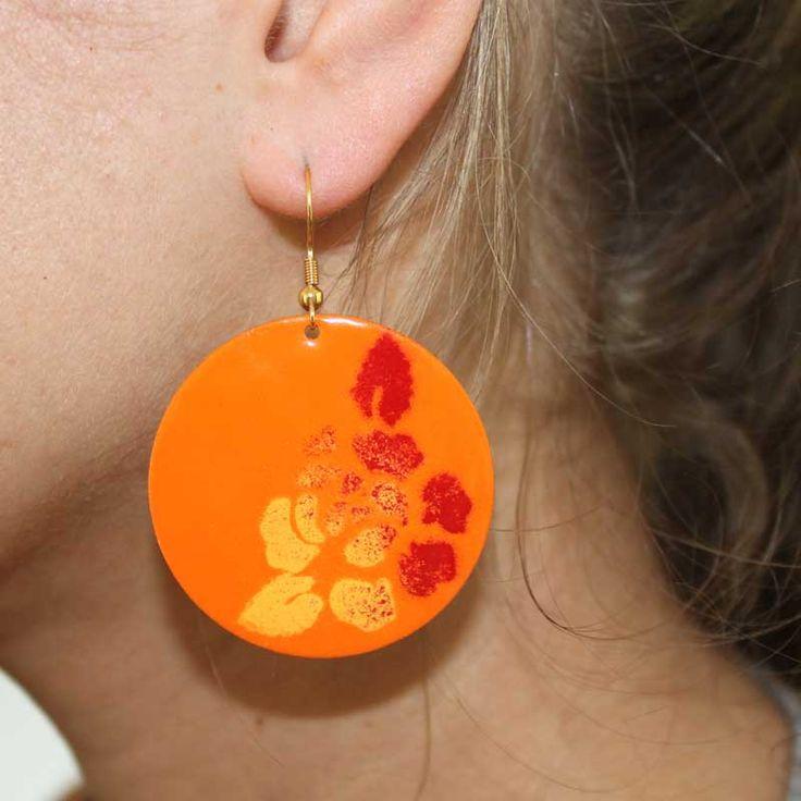 """Ohranhänger mit Rosen in Rot-Orange  (Idee mit Anleitung – Klick auf """"Besuchen""""!)"""