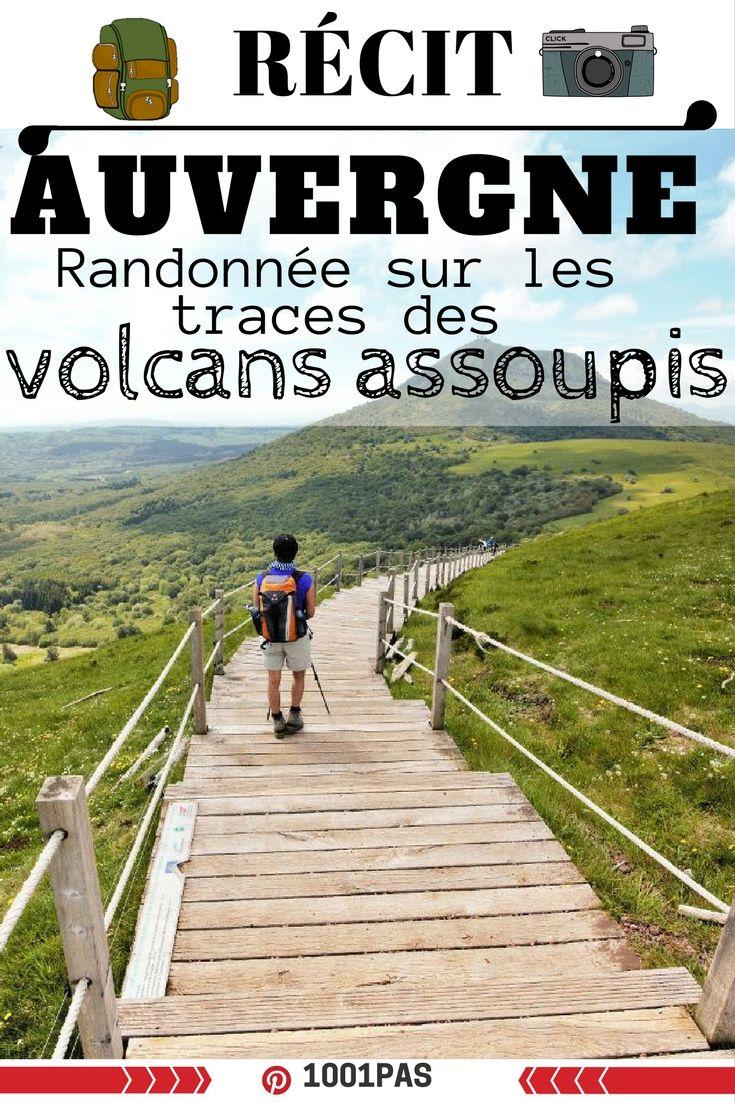 Récit photo d'un trek en Auvergne: des petits volcans verdoyants, des vaches dans les pâturages. Récit photo d'une randonnée en Auvergne #auvergne #volcan #trekauvergne #montagne #randonnée #outrdoor #marche #sentier
