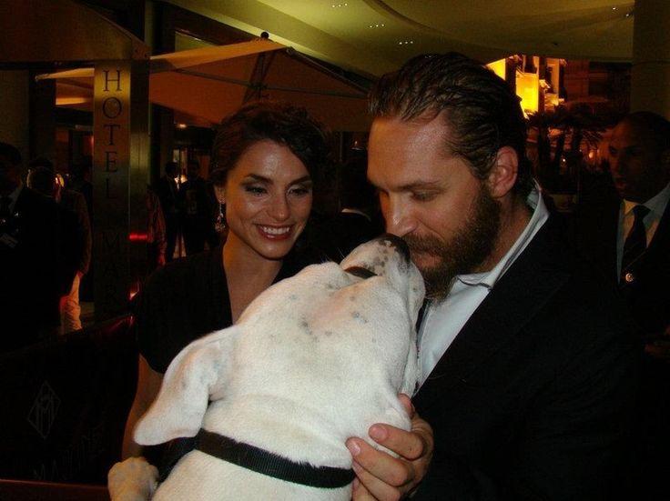 Tom Hardy & Charlotte Riley with a big dog! awwww! <3