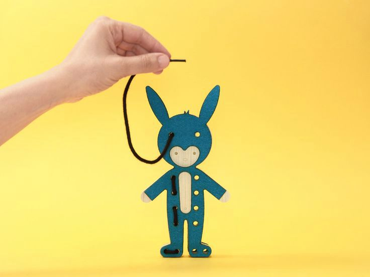 Bleebla Toys: Lacing Fables - Petit & Small