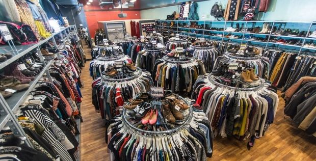 Thrift Stores In Chicago For Good Cloths