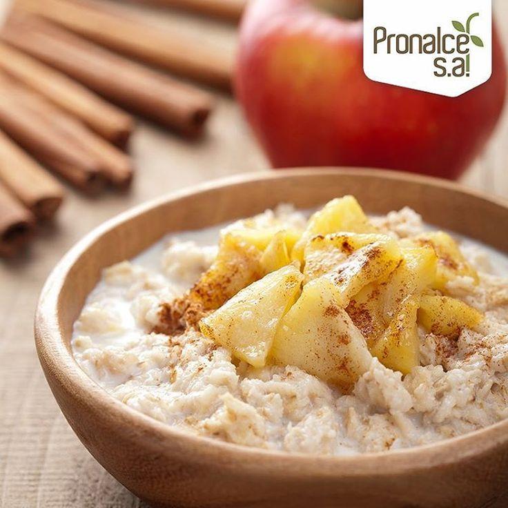 Consigue un sabor similar al del pie de manzana, pero más saludable con esta receta con #AvenaPronalce. Solo necesitas calentar la avena con unas manzanas, miel y un toque de canela