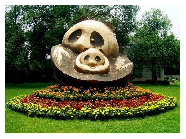 Cute Bronze Panda Statue! Beautiful Garden!
