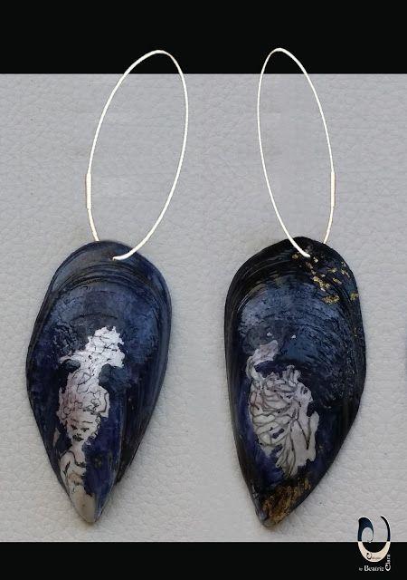Pendientes realizados en plata de primera ley y valvas de mejillón pintadas a mano. Piezas Únicas de Beatriz Clara