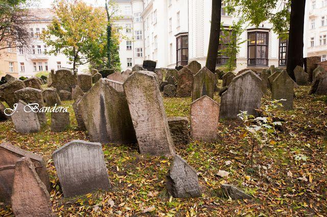 Las Fotografías de Bandera: El Cementerio Judío en Praga