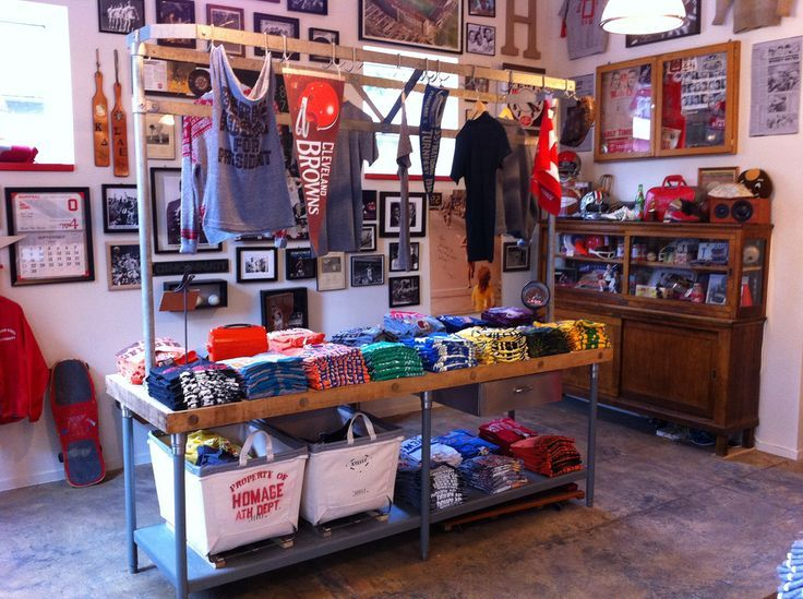 27 Best images about T-Shirt Displays on Pinterest | Cube shelves ...