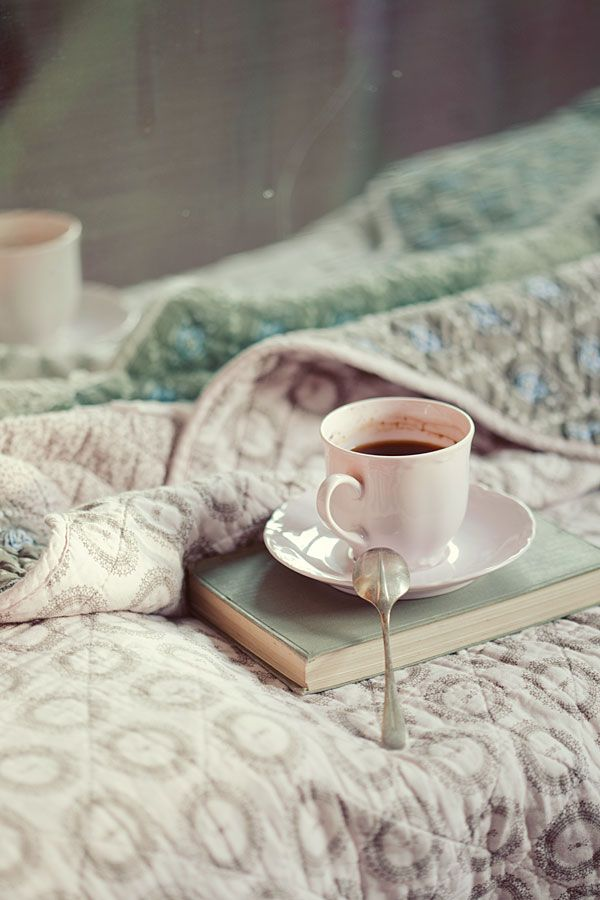 HappinessSunday Mornings, Teas Time, Beds, Breakfast In Bed, Mornings Coffee, Book, Lazy Sunday, Hot Chocolates, Cups Of Coffee