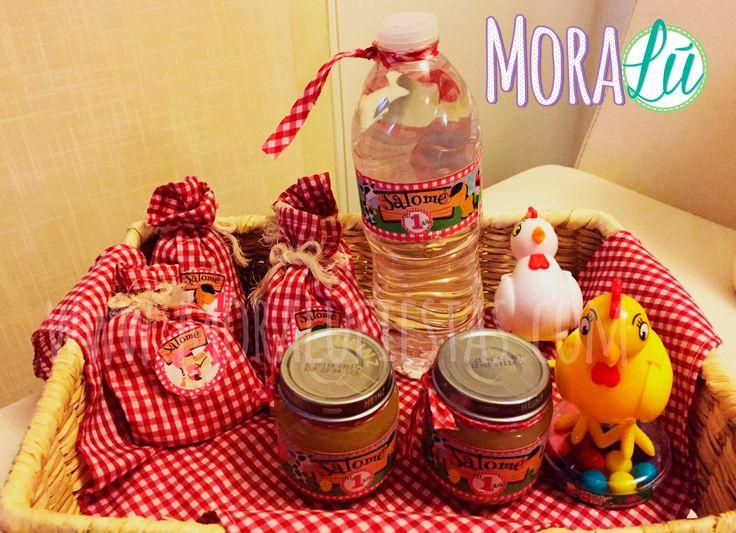 Así organizó la mamita de Salomé los stickers y las etiquetas de agua y compota ¡Genial!