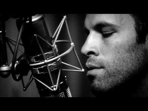 "Jack Johnson ""En Concert"" Sleep Through The Static - YouTube"