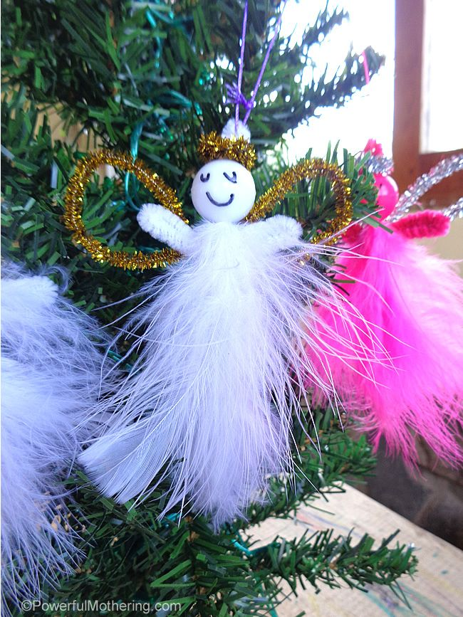 Cute and easy! Great Christmas craft for kids. - http://www.powerfulmothering.com/kid-made-feather-pipe-cleaner-angels-easy-christmas-ornaments/  #kidmadeornaments