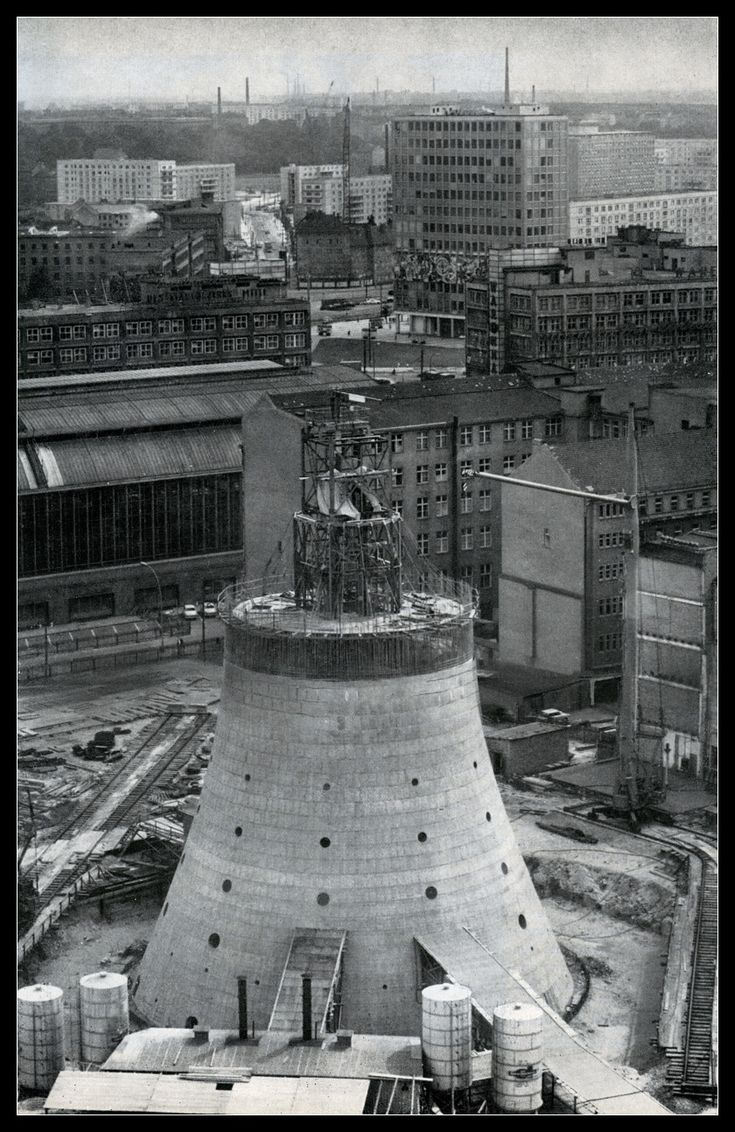 Fernsehturm construction, East Berlin 1968
