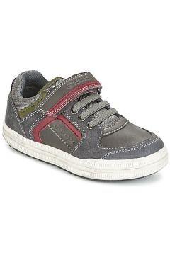 Düşük bilekli spor ayakkabıları Geox ELVIS https://modasto.com/geox/erkek-cocuk/br2575ct138