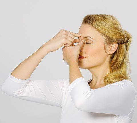 Sehtraining und Augentraining Übungen - Schritt 5: Die Brillenträgermassage ...