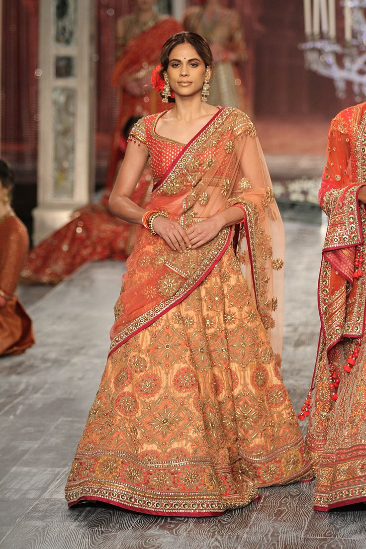 Tarun Tahiliani | India Couture Week 2016 #PM #indiancouture #taruntahilianICW2016