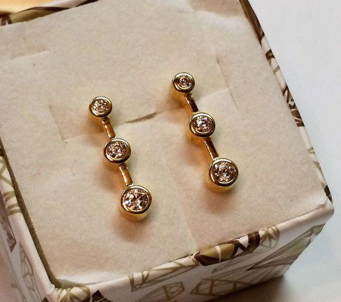 Vintage Ohrstecker - Ohrstecker Ohrringe Gold 333 Kristallsteine OR120 - ein Designerstück von Atelier-Regina bei DaWanda