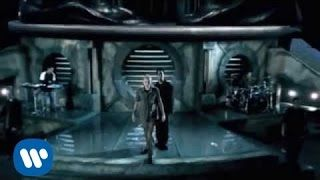 Linkin Park - In The End (Official Video) - YouTube - One of the best fucking songs EVER! Will always love it deeply. That piano at the beginning is so badass!