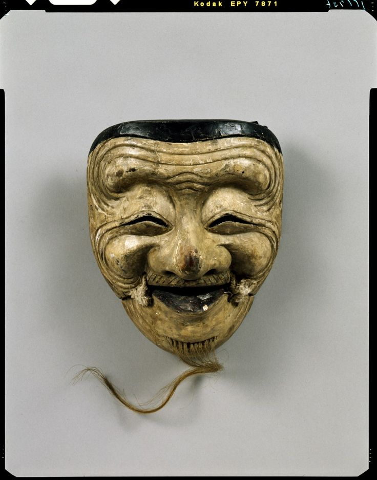 Noh mask - Okina (old man), 16th century, Important Cultural Property, Tokyo National Museum C0100736 能面_翁 - 東京国立博物館 画像検索