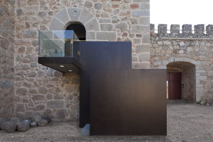 Gallery of Coracera Castle Rehabilitation / Riaño+ arquitectos - 1