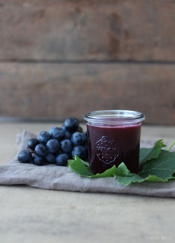 Wir wohnen ja in einer Weingegend und die Zeit der Traubenlese steht bevor! Noch hängen die Reben voller Früchte. Ein Wei...