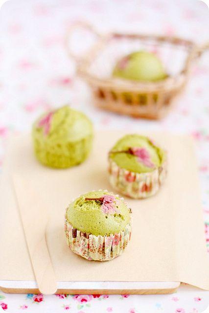 Matcha Sakura Mushipan 抹茶桜蒸しパン | Flickr - Photo Sharing!