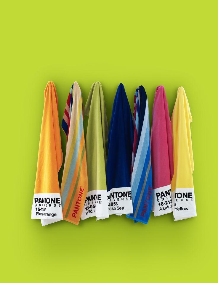 Voglia di mare? A Homi, Bassetti ha lanciato un'anteprima della nuova linea di teli da mare Pantone Universe! Disponibili da marzo 2015 nei negozi Bassetti Home Innovation.