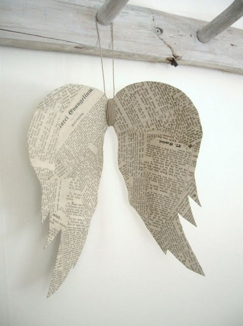 diy angel wings decoration from newspapers / old books and cardboard
