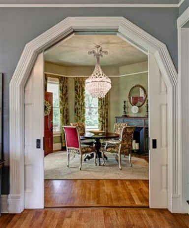 how to put a door in an arched doorway