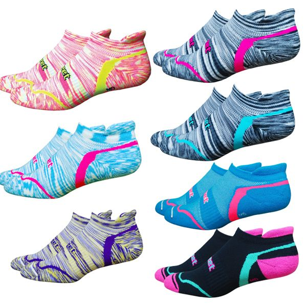 Your New Favorite Running Socks! Forefoot and heel padding and mid-foot support..doesn't get much better than this one! D-Evo Tabby Run (http://www.funfitfeet.com/defeet-d-evo-tabby-run/)