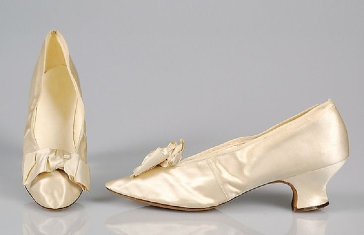 коллекция вечерние туфли 19-20 век http://www.livemaster.ru/i-painting