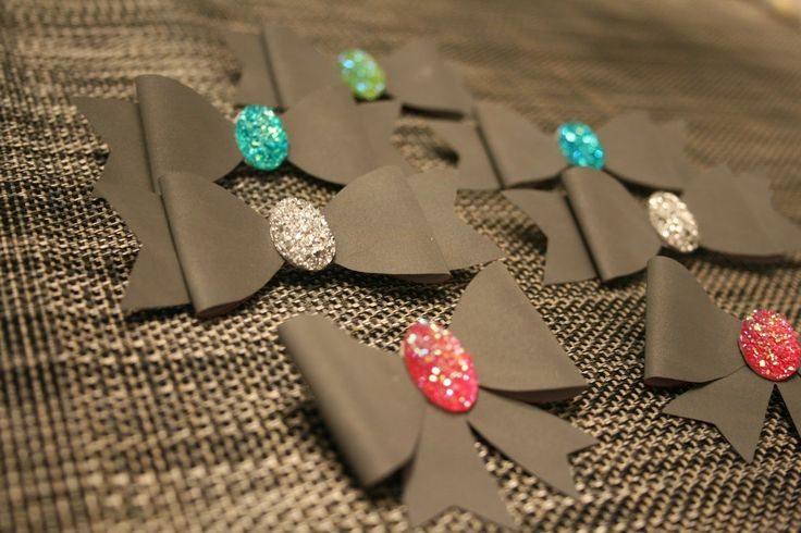 These are the reflector bows I made with Papercraft Inspirations bow -template.