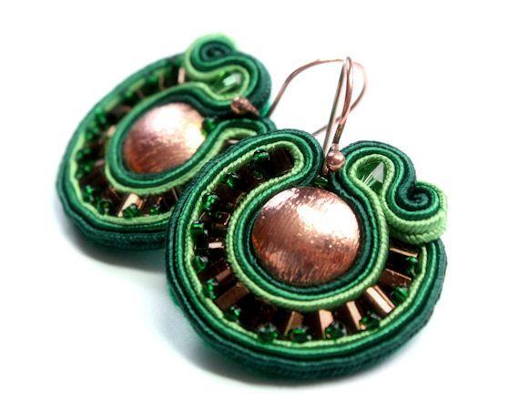 copper and green mini soutache earrings by KimimilaArt