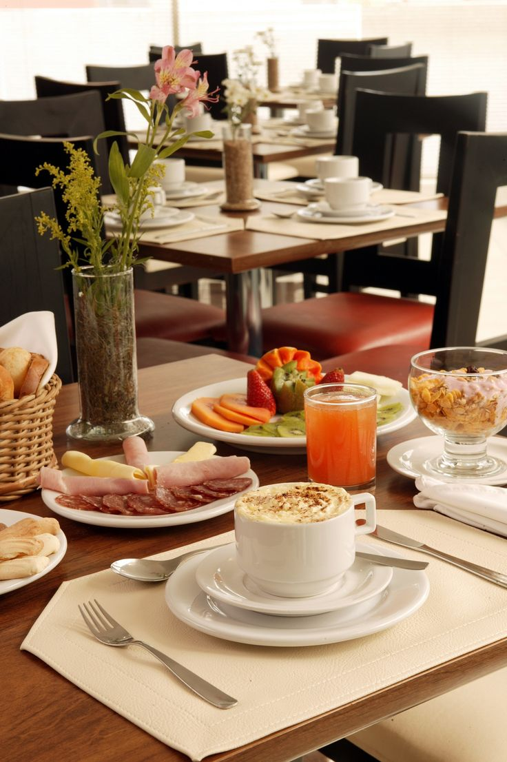 Lounge Turismo - Bourbon Cascavel oferece café da manhã grátis em diárias reservadas pelo Site Bourbon